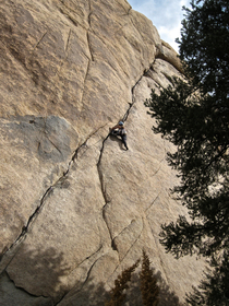Joshua Tree Illusion Dweller overview climb 2011