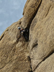 Joshua Tree Illusion Dweller pulling over roof 2011 climb